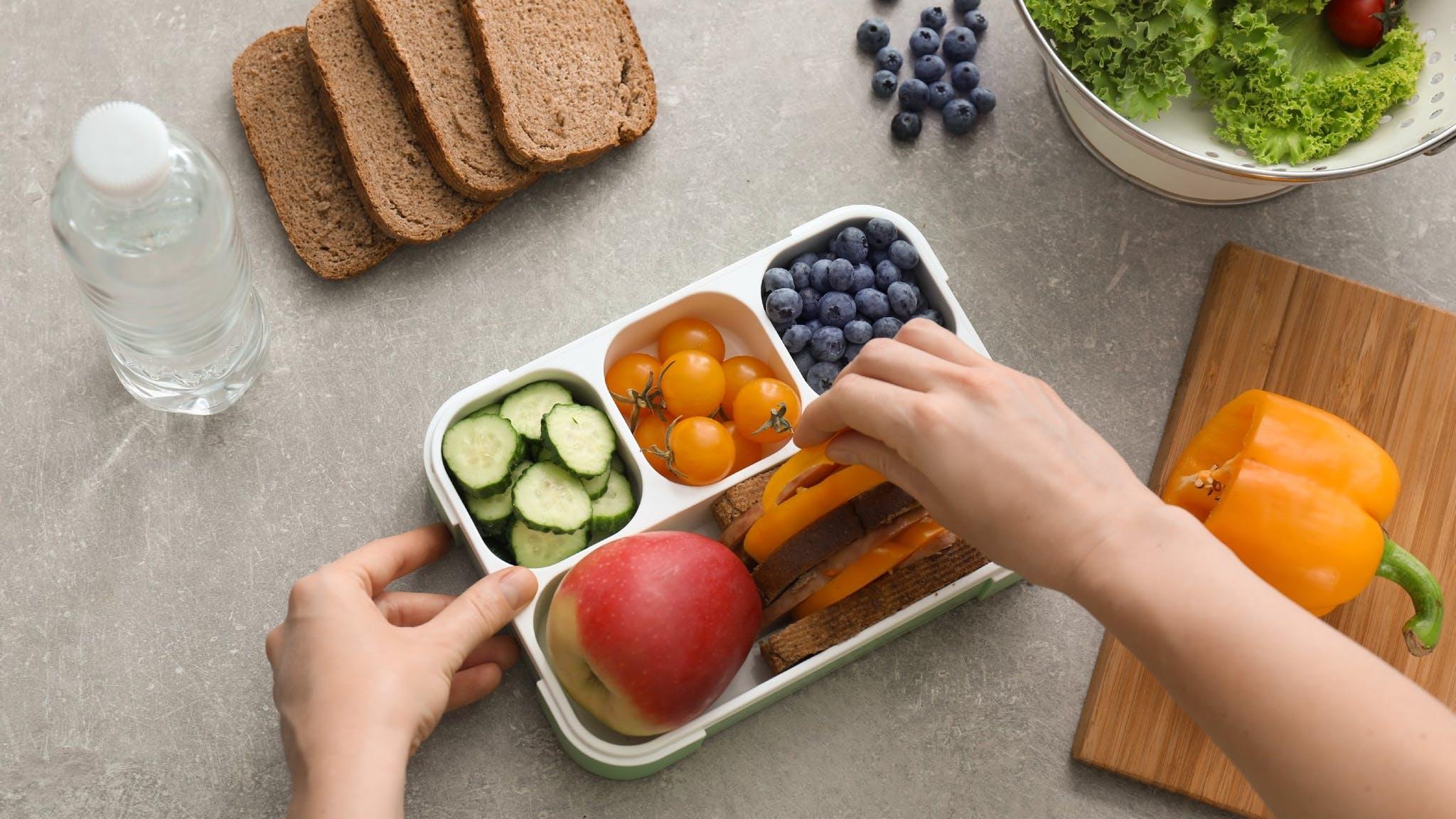 7 Handy Hints To Pack School Meals