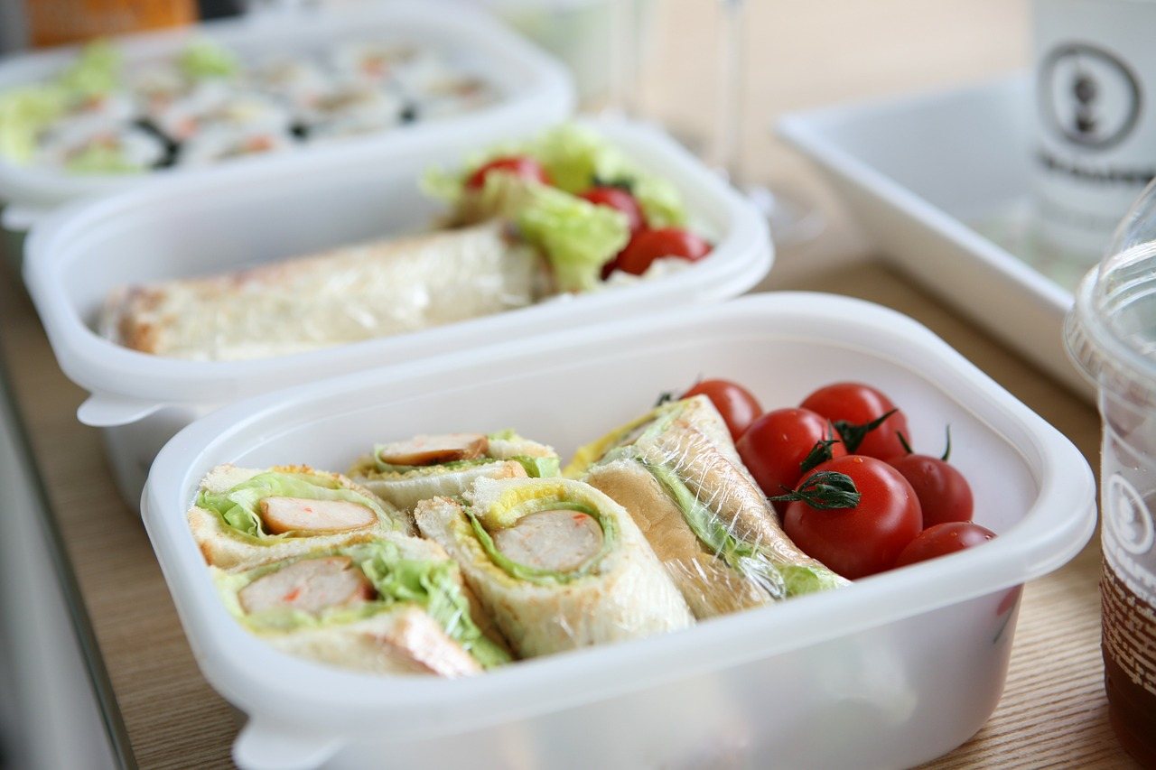 Parent friendly ideas to organise the kids' lunch boxes this coming school year