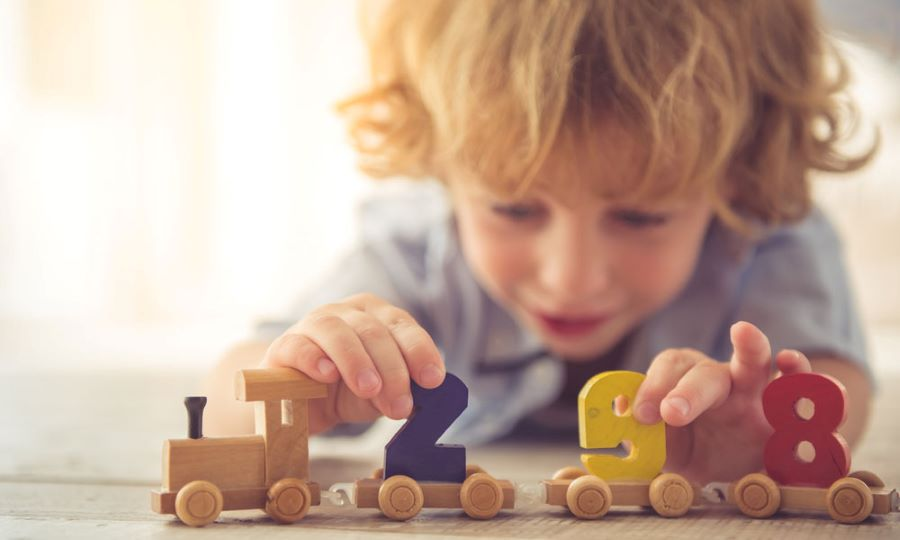 Wooden toys or Plastic Toys: Making the right decision for your Child