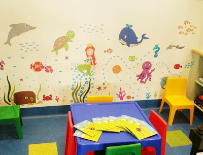 BOSCOBEAR WALL STICKERS SHINE AT THE SYDNEY CHILDREN'S HOSPITAL LIONS EYE CLINIC FOR CHILDREN