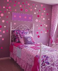 FLOWER WALL STICKERS: BEAUTIFUL BURSTS OF COLOUR