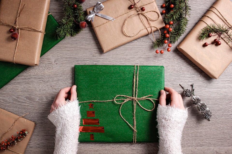 Tips in Personalising Your Christmas Gift Wrapping this Festive Season